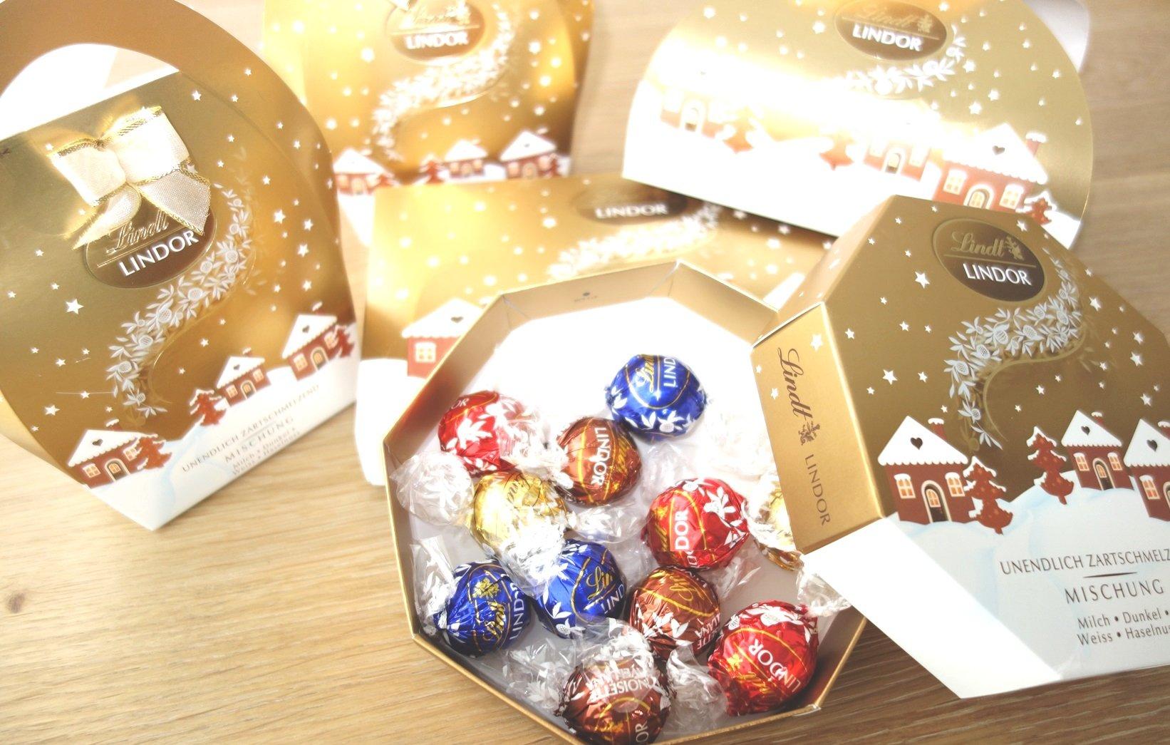 DSC01230 - Ist den schon Weihnachten? In den Läden weihnachtet es schon so....