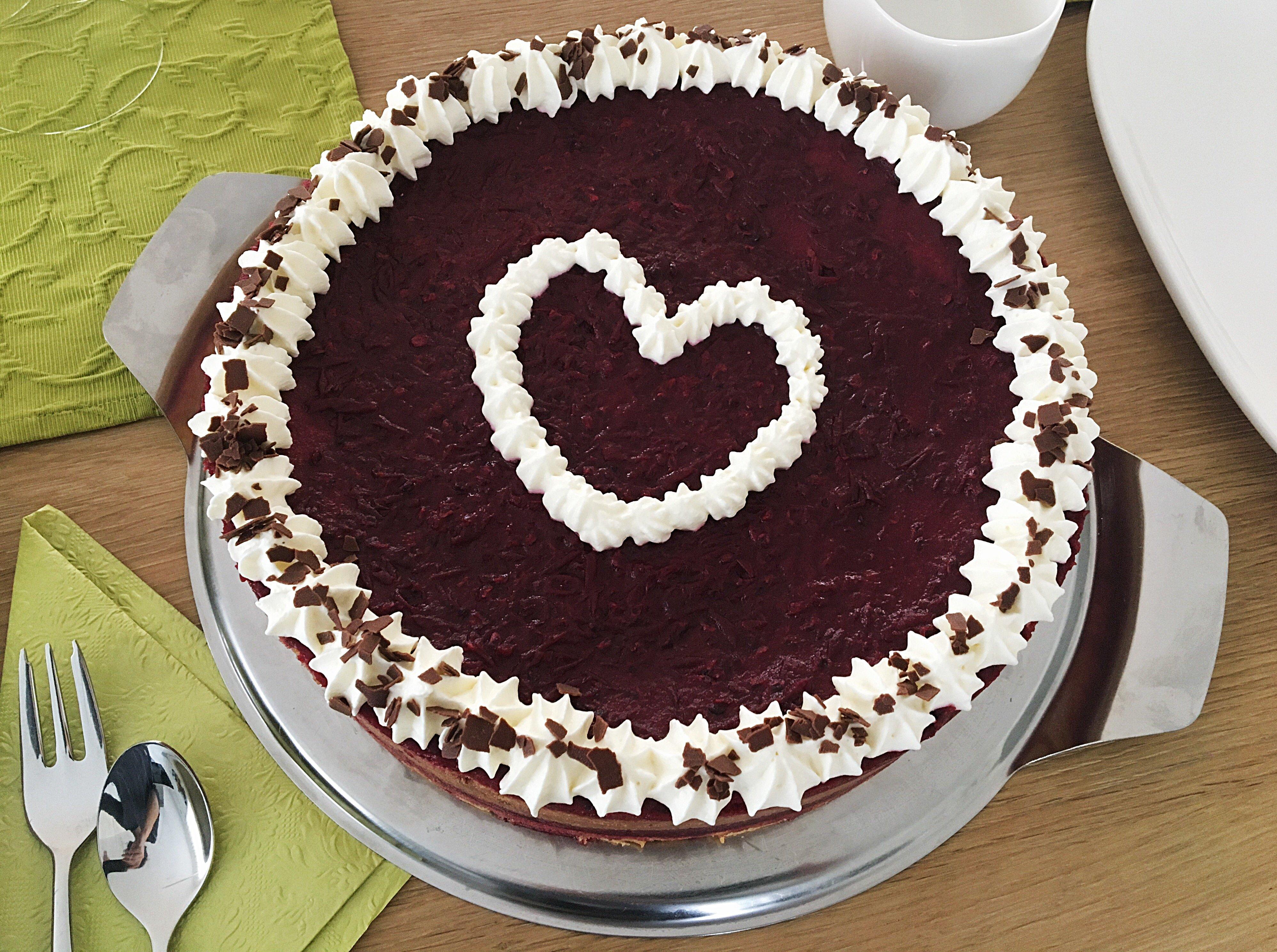 Foto 20.01.18 12 52 35 - Einfach köstliche Beeren-Schoko-Torte