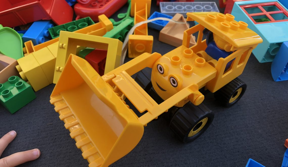 Kinder lieben Spielsteine! Bob der Baumeister und die BIG Bloxx