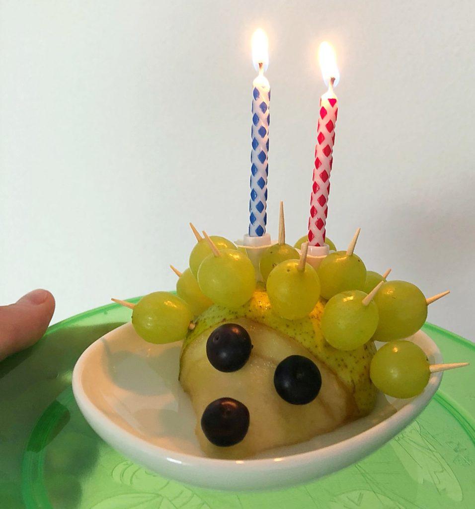 Foto 02.06.18 08 04 25 956x1024 - Obsttiere für Kinder. Auch eine Alternative zum Geburtstagskuchen für Kinder.