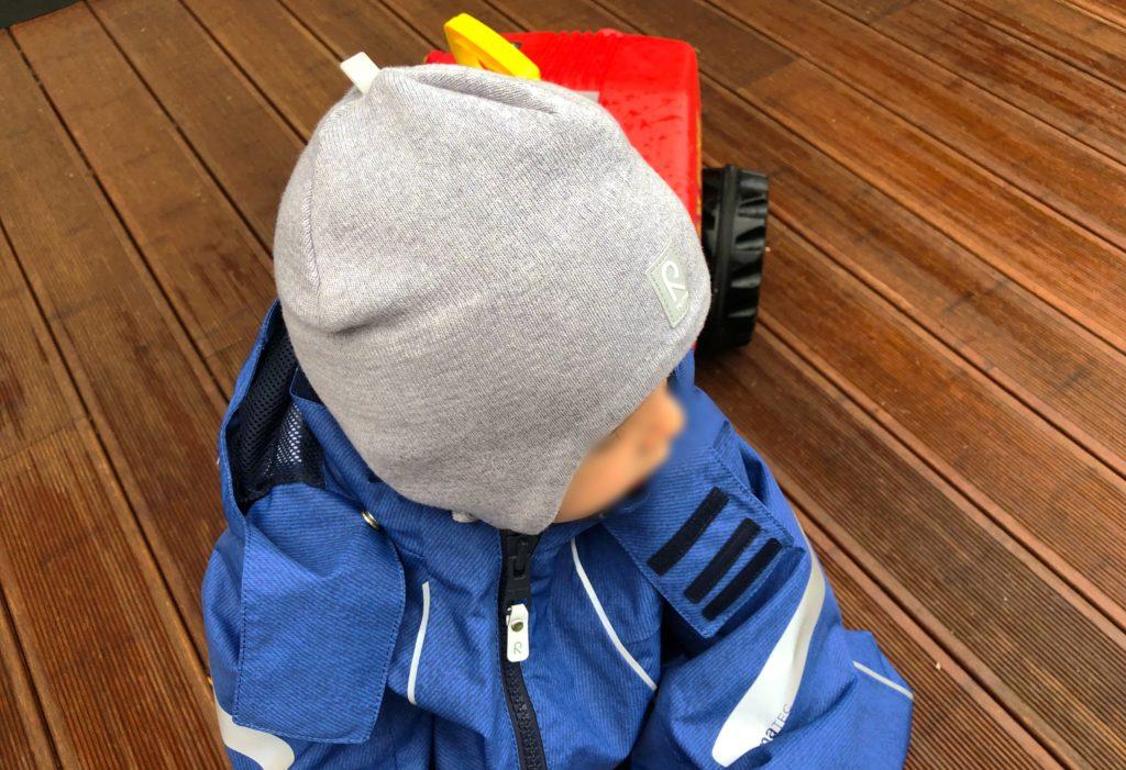 Foto 02.08.18 18 37 20 1024x701 - Die richtige Kinderbekleidung bei Regen & Matsch