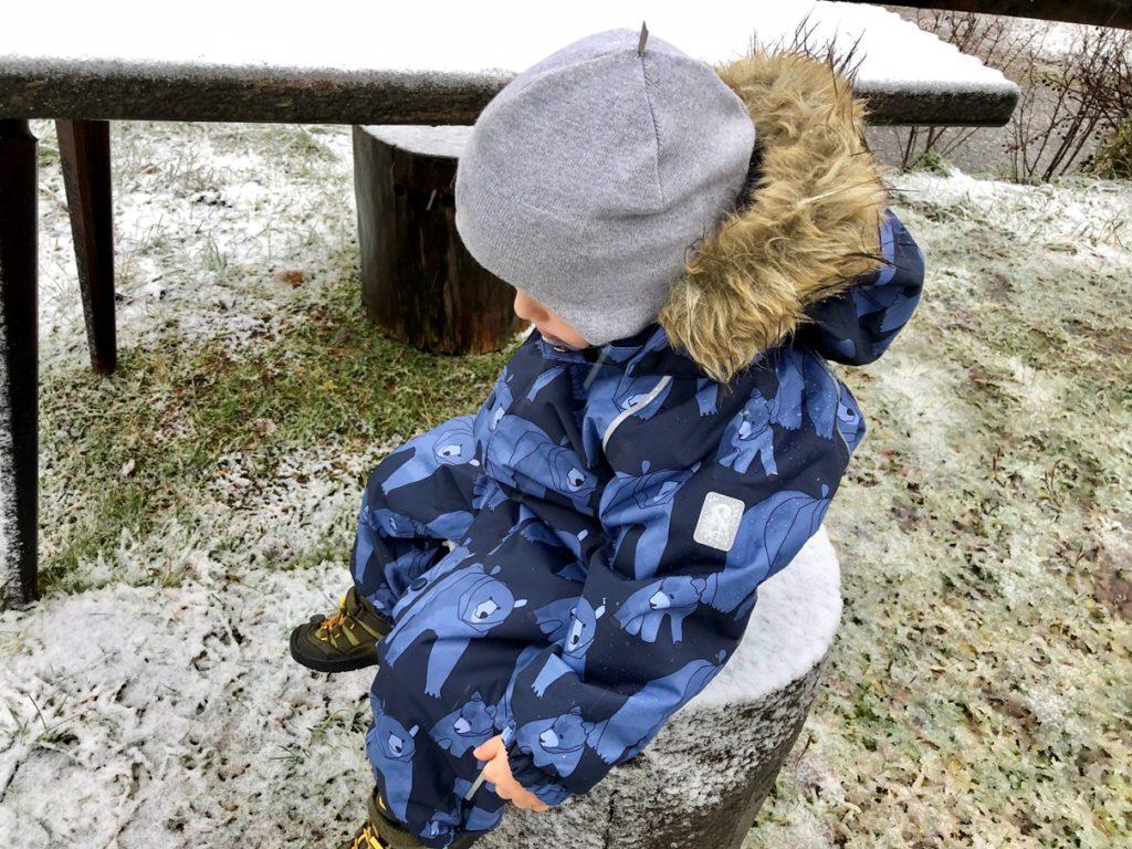Foto 30.10.18 08 21 30 1024x768 - Einkaufsratgeber Schneeanzug für Kinder