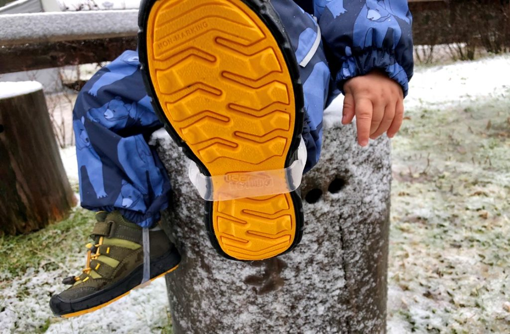 Foto 30.10.18 08 21 38 1024x670 - Einkaufsratgeber Schneeanzug für Kinder