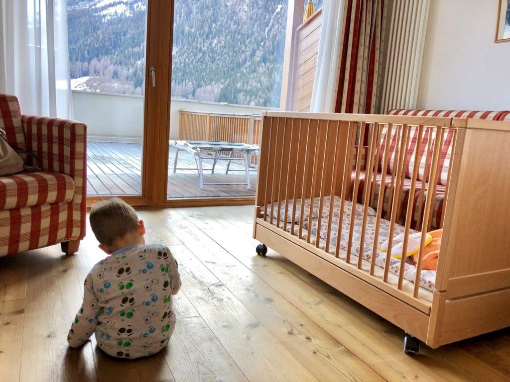 Foto 28.03.19 16 21 00 1024x768 - Urlaub in einem Familienhotel in den Dolomiten: Family Resort Rainer