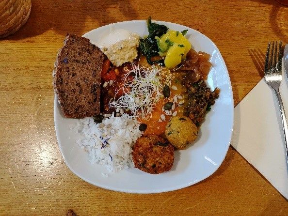 12 - Restaurantkritik Mom's Table in Augsburg – organic vitality kitchen
