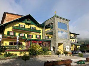Foto 06.10.19 09 38 47 300x225 - Hotel Sommerhof Gosau