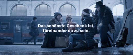 McDonalds Weihnachten 2 - McDonald´s macht bewusst: Weihnachten ist viel mehr als nur Geschenke