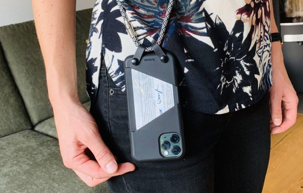 Artwizz Hangon Case 4 1024x653 - Werbung | Mein Smartphone immer griffbereit mit dem HangOn Case von Artwizz + Gewinnspiel