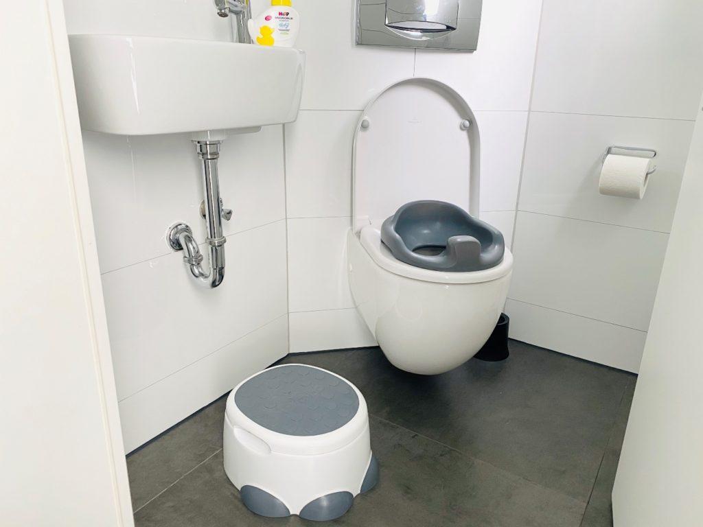 Bumbo step n potty 2 1024x768 - Trocken werden mit 2 Jahren  / Bumbo step n potty hilft dabei