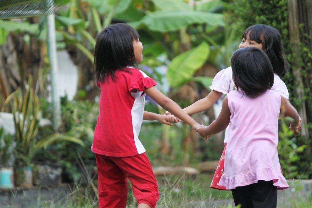kids 513481 1280 1024x682 - Warum ist Tanzen gut für Kinder und Jugendliche?
