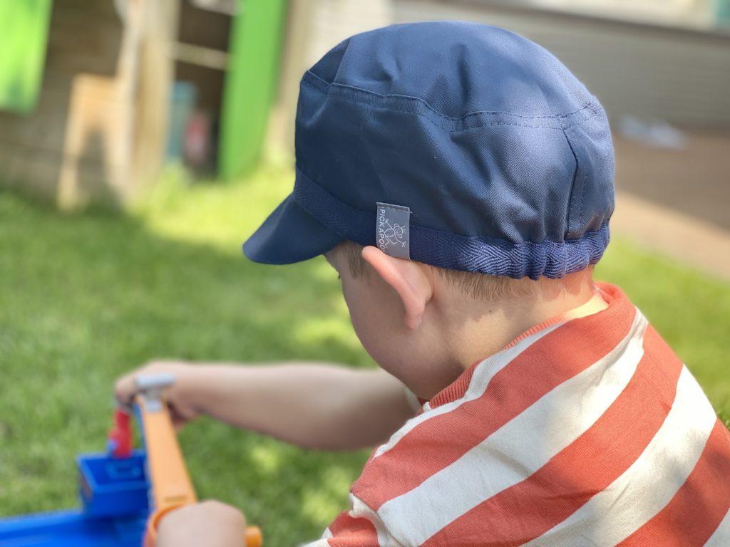 Pickapooh 2 1024x768 - UV-Schutz bei Kindermützen. Wie wichtig ist das? Mützen von PICKAPOOH.
