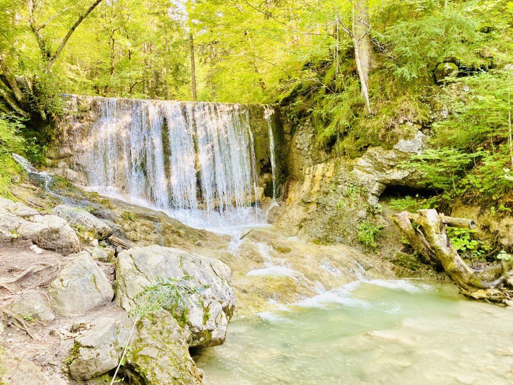 Gruene Gumpe Bayrischzell 1024x768 - Wasserfall und Grüne Gumpe in Bayrischzell